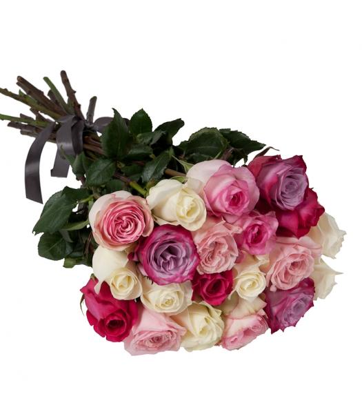 Roosad ja valged roosid