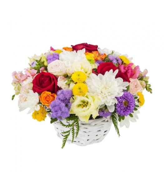 Värviline lillekorv